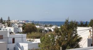 Kontaratos Studios & Apartments Parikia Paros Greece